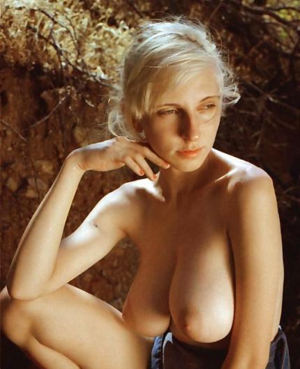 Nude hopelesssofrantic HopelessSoFrantic Nude